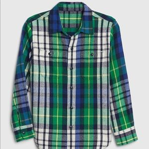 Gap kids Plaid Flannel Button Down Overshirt